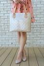 Light-orange-pleated-print-oasap-dress-beige-tote-louis-vuitton-bag
