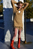 ruby red fringe vintage boots - camel 70s vintage sweater