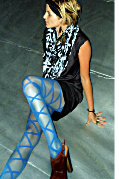 blue Urban Outfitters tights - black silk Rag and Bone dress