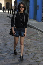 black cropped COS sweater - edie Mulberry bag - denim Forever 21 shorts