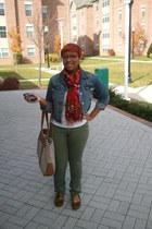 army green Converse jeans - jean Levis jacket - Target scarf