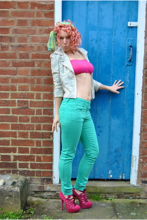 hot pink crop top Matalan top - aquamarine skinny mint Falmers jeans