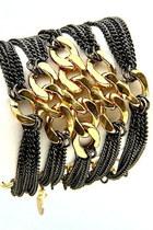 Shawtynstilettos-bracelet