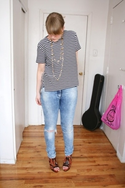 Vintage Nordstrom top - H&amp;M jeans - Zara shoes