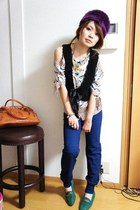 H&M blouse - used shoes - Zara pants - used vest