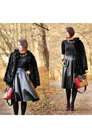 leather PresKA skirt - faux fur new look jacket