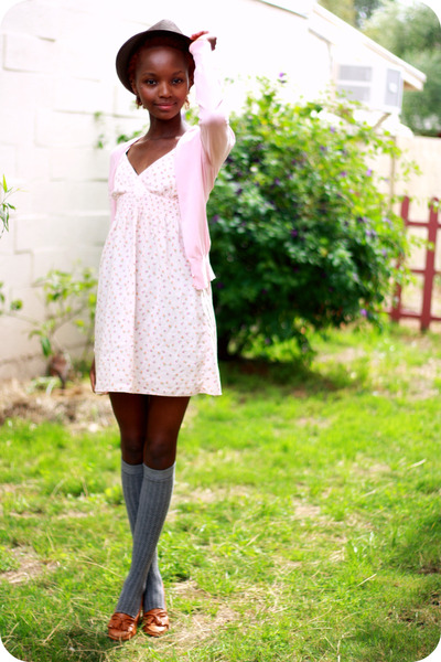 pink dress - pink cardigan - gray socks - brown shoes - brown hat