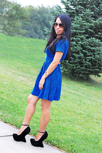 blue leopard print TJ Maxx dress - aviator Target sunglasses