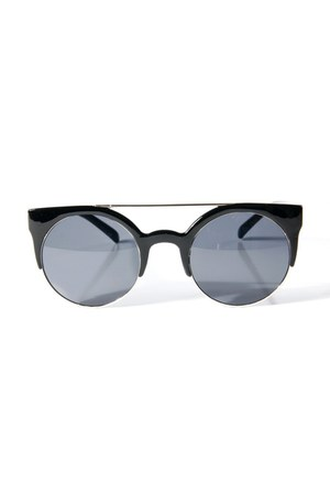 barred round sunglasses