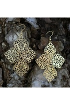 earrings - - -