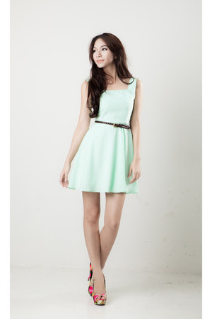 square neckline vanilla mood dress