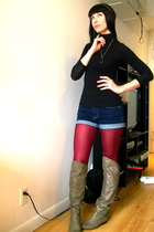 blue BDG shorts - red unknown tights - black H&M top - brown Aldo boots