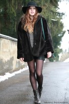 cotton H&M hat - leather Aldo boots - faux fur vintage coat