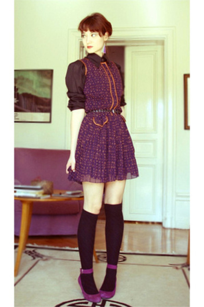 shirt - H&M dress - Indiska socks - shoes