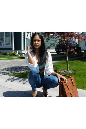 Kenneth Cole heels - f21 jeans - Aldo bag - H&M cardigan