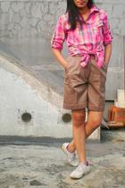 melawai shirt - thrifted shorts - nike shoes