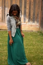 dark green Urban Outfitters skirt - heather gray Old Navy sweater