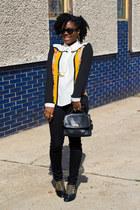 Sugarlips blouse - Zara boots - Uniqlo jeans