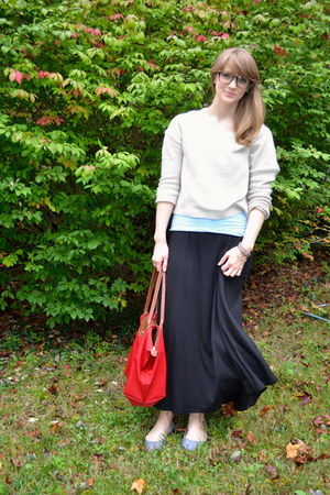 black maxi skirt Bobeau skirt - beige H&M sweater - heather gray TOMS flats