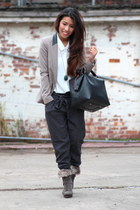 H&M shirt - Matalan boots - Primark blazer - Zara bag - new look pants
