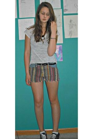 cotton energie shirt - denim Forever 21 shorts