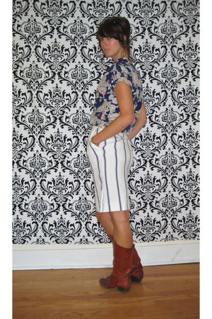 blue vintage blouse - white vintage skirt - brown vintage boots - gold vintage e