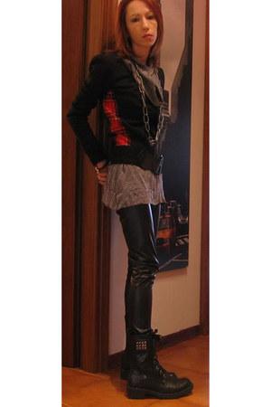 black Sisley cardigan - periwinkle modo dress - black Miss Sixty leggings - blac