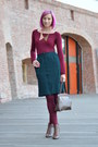 Brown-amanda-boots-magenta-thrifted-shirt-maroon-mondex-tights
