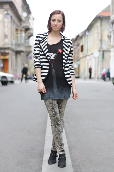 white stripes Tiramisu alle fragole jacket - black random boots
