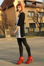 Black-stradivarius-leggings-ruby-red-jeffrey-campbell-boots