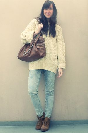 beige vintage sweater - brown Topshop shoes - blue Topshop jeans
