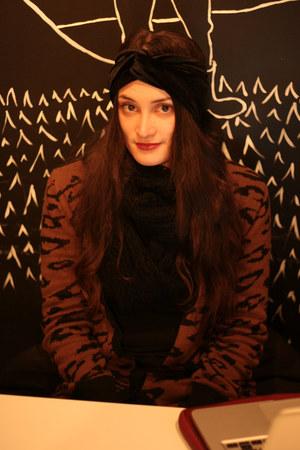turban Nasty Gal accessories - cardi Zara cardigan