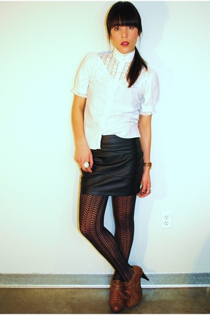thrifted blouse - Forever 21 skirt - Urban Outfitters leggings - Forever 21 shoe