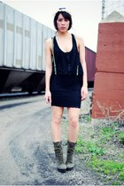 Steve Madden boots - Nasty Gal skirt - Forever 21 top - headpiece Spanish Moss V