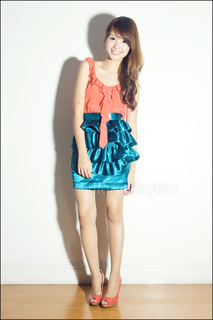 blue ruffled Poisonberry skirt - orange peeptoe People are People shoes