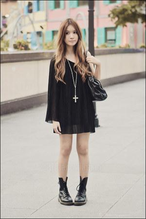 black one-shoulder Topshop dress - black doc martens boots - black Mphosis bag