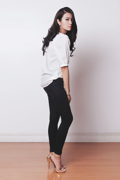 navy Michael Kors bag - black skinny Topshop pants