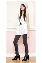 black camera necklace - black oxfords Urge shoes - beige beanie taiwan hat