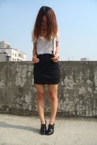 black strawberry skirt