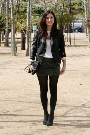 Zara sweater - Zara heels - Lefties skirt