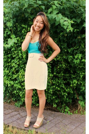 neutral Cache skirt - neutral Bebe belt - turquoise blue Forever21 top