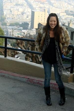 brown fur vintage jacket - black vintage boots - blue Express jeans