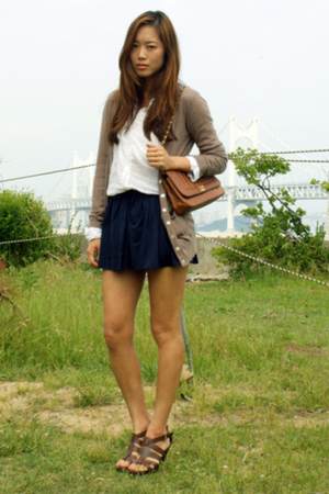 shirt - skirt - shoes