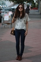 kimchi & blue top - Arden B jeans - Jeffrey Campbell shoes