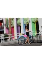 hot pink merona purse - white polka dot JCrew shirt - black copley Aritzia skirt