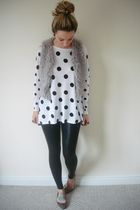 white H&M top - gray River Island jacket - black American Apparely leggings - br