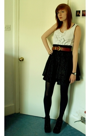 vintage skirt - top - vintage belt - Ebay shoes