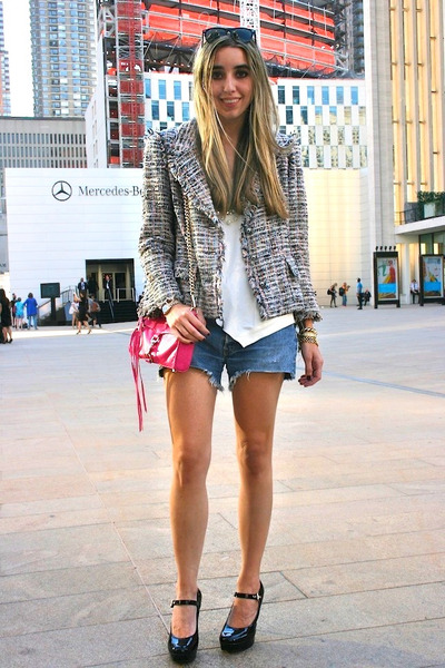 Hot-pink-mini-mac-rebecca-minkoff-bag-light-blue-vintage-levis-shorts_400