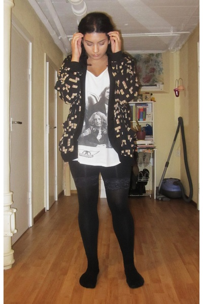 Monki cardigan - H&M top - black GINA TRICOT shorts - black H&M stockings