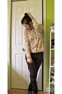 Beige-floral-print-sweater-dark-brown-pants-light-pink-t-shirt